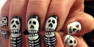 Spooky & Sweet Halloween Nail Art