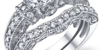 Sparkling Engagement & Wedding Rings Collection