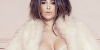 Kim Kardashian – Factice France (January 2013)