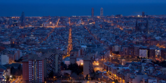 Time-Lapse: Midnight Barcelona