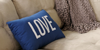 Super-Easy DIY Pillow Case Tutorials