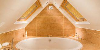 Attic Designs: Bathroom