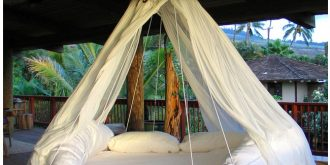 Creatively Designed Floating Beds
