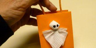 16 DIY Halloween Treat Bag Tutorials