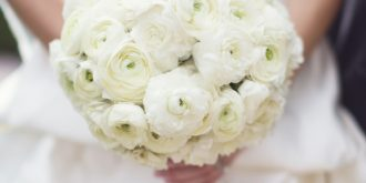 30 Elegant Bridal Bouquets with White Flowers