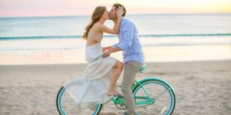 Beach Themed Engagement Photo Session Ideas