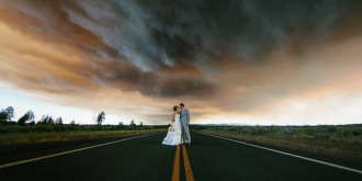 An Oregon Couple's Incredible Wildfire Wedding Photos